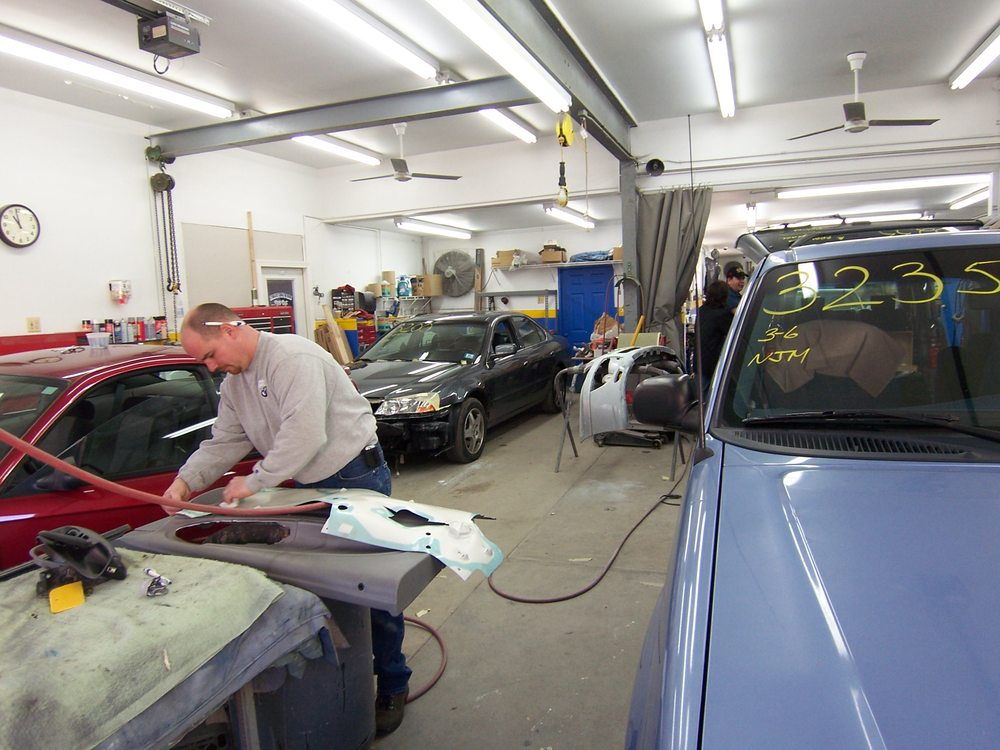 Stager's Auto Body: 107 Park Ave, Lincoln Park, NJ