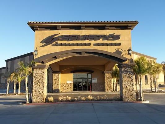 Auto Body Shops Near Me >> Squirty's Collision Center - Auto Repair - Palmdale, CA ...
