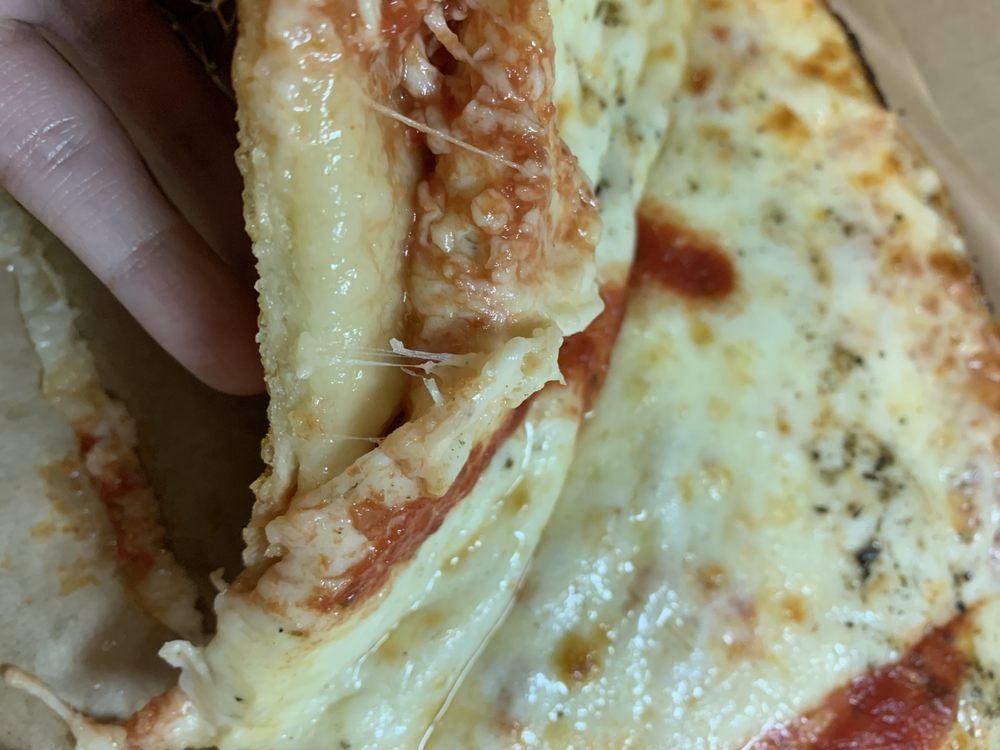 Nicos Sicilia Pizza