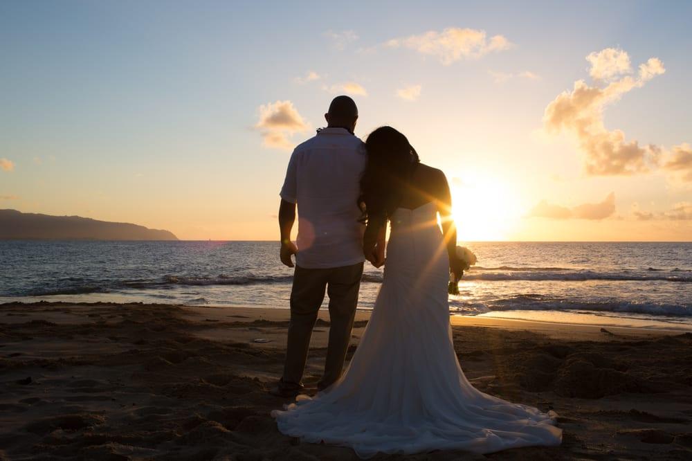 I Do Hawaiian Weddings