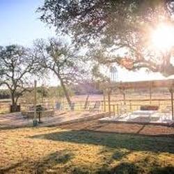 four o ranch vacation rentals 711 mccarty ln san marcos tx