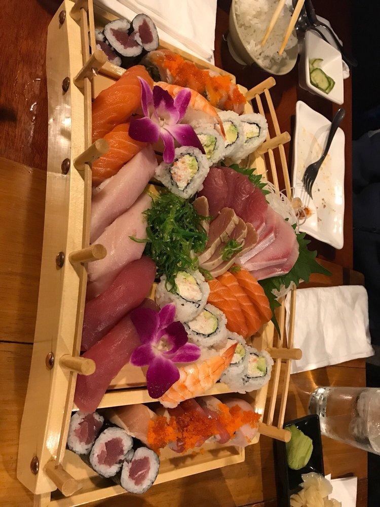 Ikebana Japanese & Korean Cuisine: 1315 N Main St, Salinas, CA