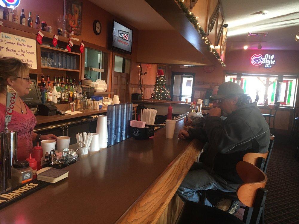 Mulligans Lounge: 3325 S Walnut St, Muncie, IN