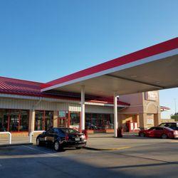 Davis Travel Center - 35 Photos & 36 Reviews - Convenience