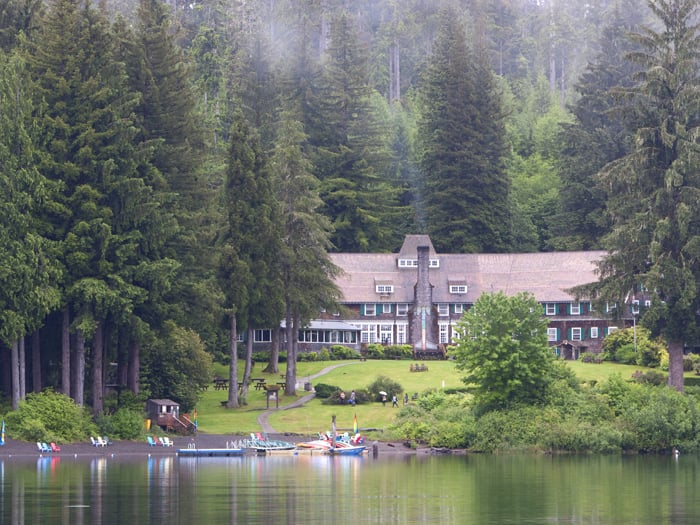 Lake Quinault Lodge: 345 South Shore Rd, Quinault, WA