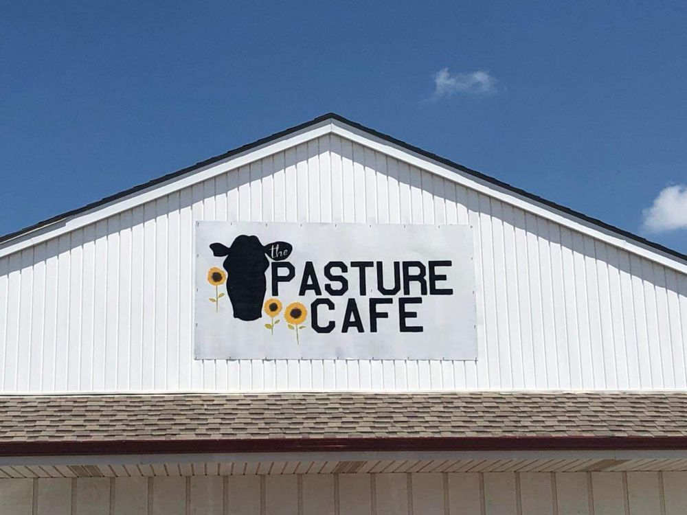 The Pasture Cafe: 1605 US-71 BUS, Savannah, MO