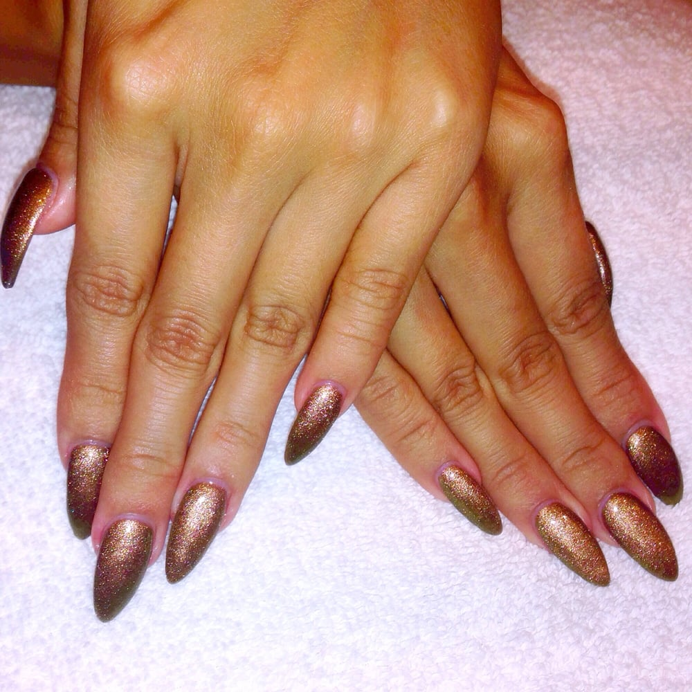Kylie Jenner inspired nails by Andy! He is amazing!! My nails has ...