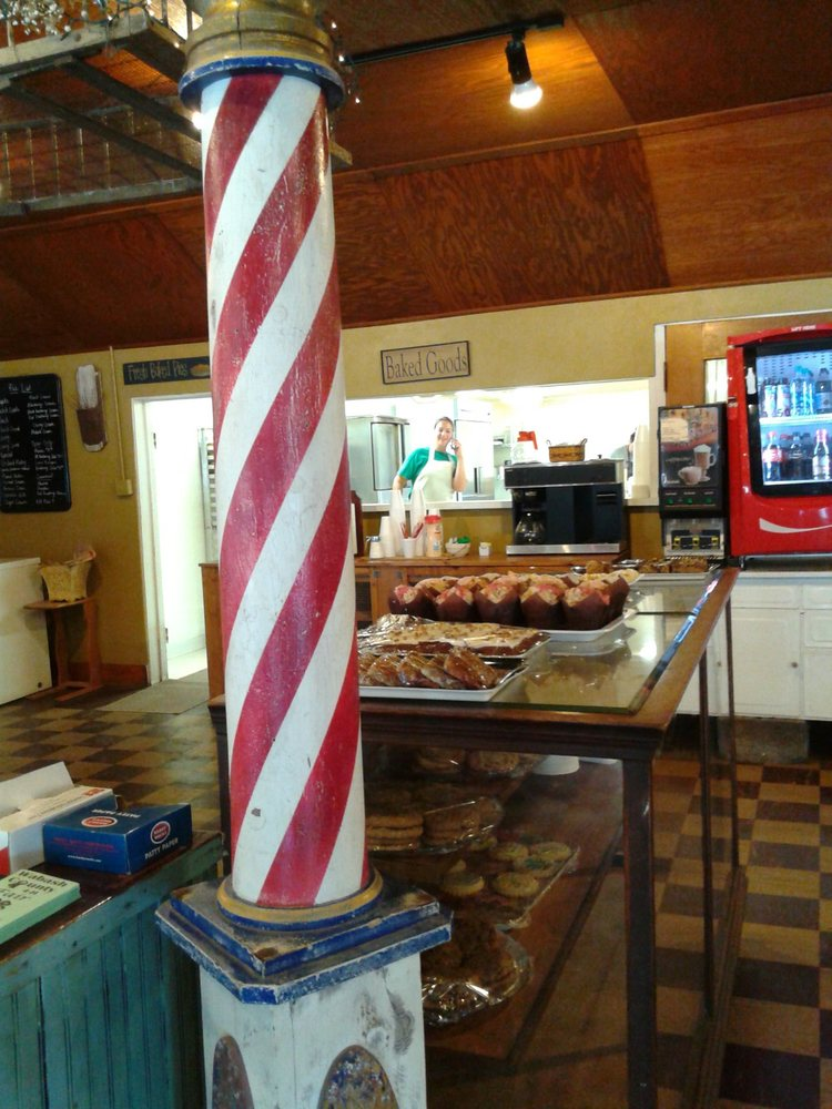 Nordmann's Nook: 1106 State Road 114 W, North Manchester, IN