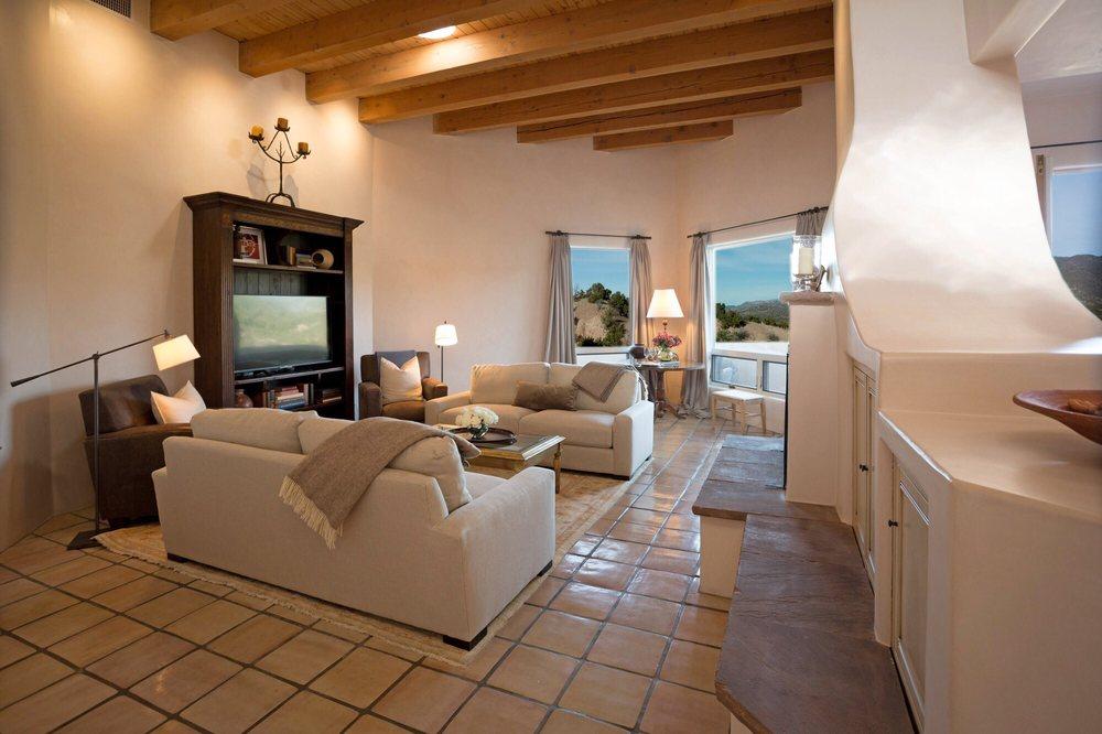 Casas de Santa Fe: 1323 Paseo De Peralta, Santa Fe, NM