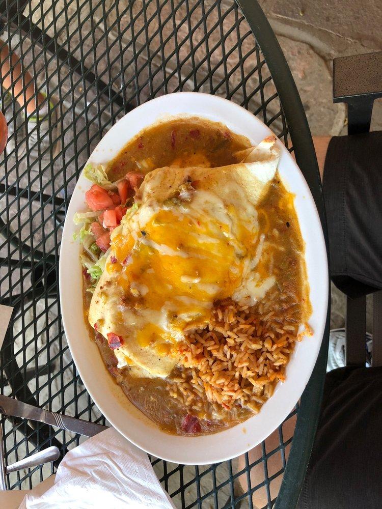 Ranchos Plaza Grill: 8 Ranchos Plz, Ranchos De Taos, NM