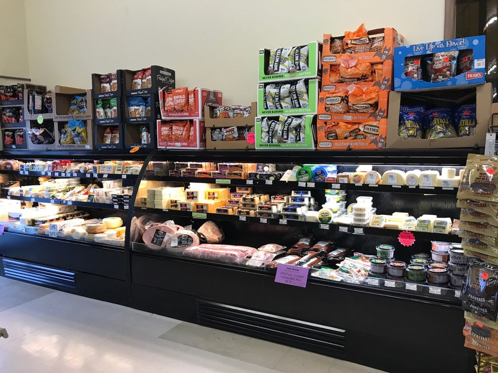 Willow Creek Discount Grocery: 30 Willow St, Reinholds, PA