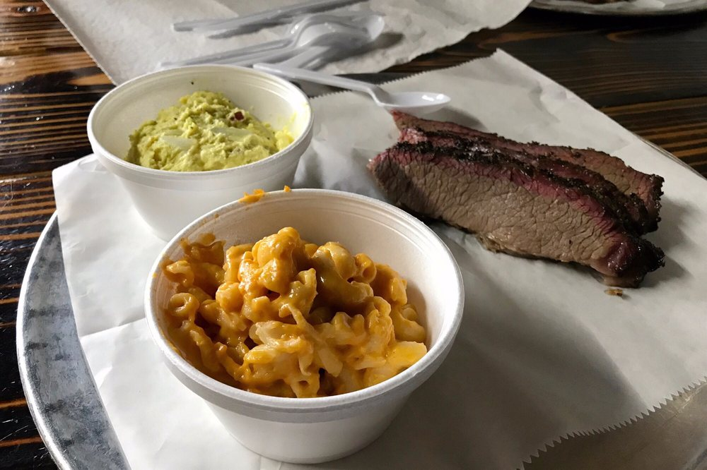 The Vault Smokehouse: 207 South College St, Waxahachie, TX