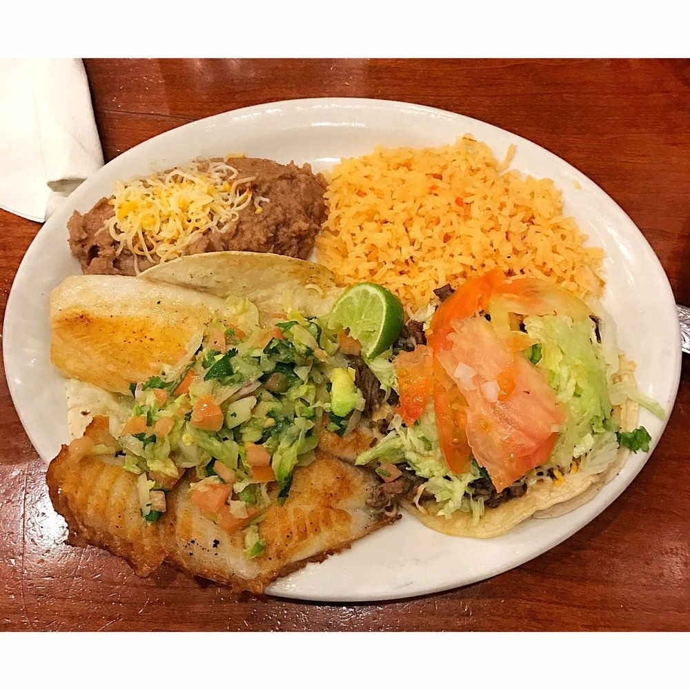 Garcia's Restaurant: 4760 N Lincoln Ave, Chicago, IL