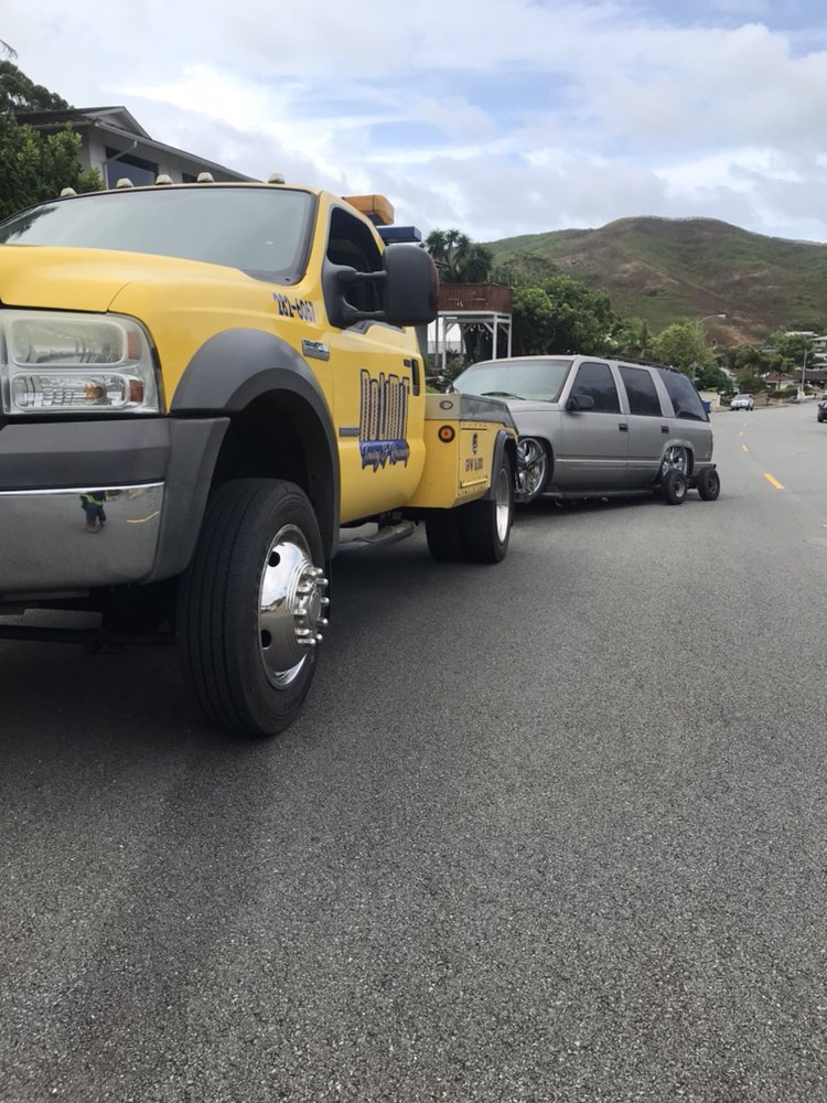 Towing business in Kaneohe Station, HI