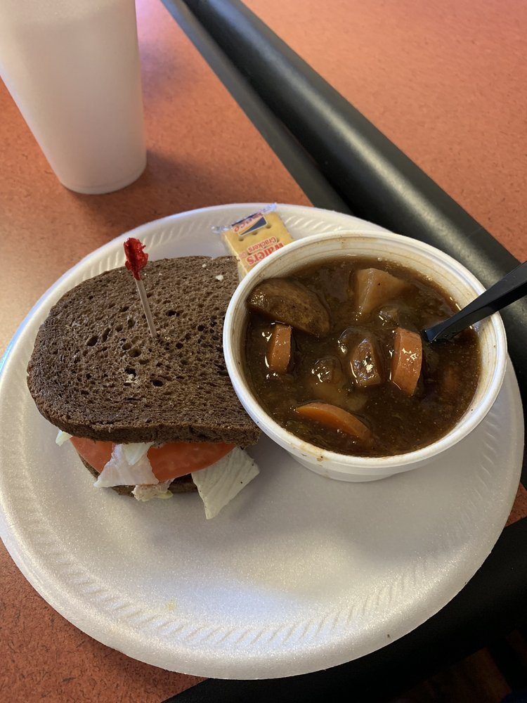 The Lunchbox Deli: 1890 Kingsley Ave, Orange Park, FL