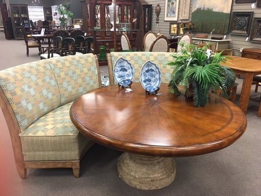 Consign To Design 9329 Kingston Pike Knoxville Tn Interior