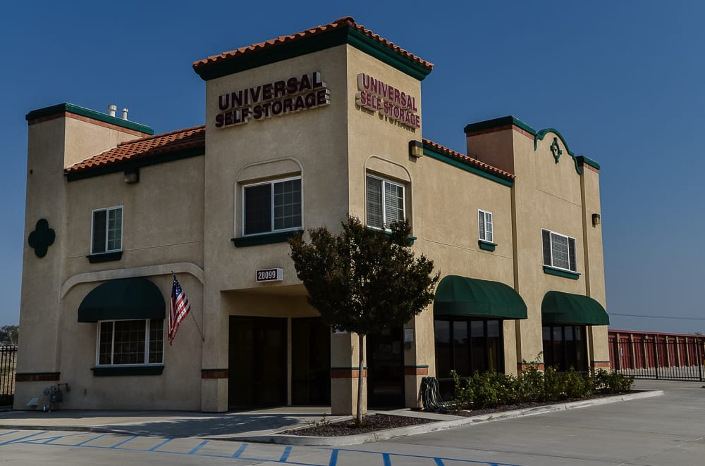 Universal Self Storage: 28099 Greenspot Rd, Highland, CA