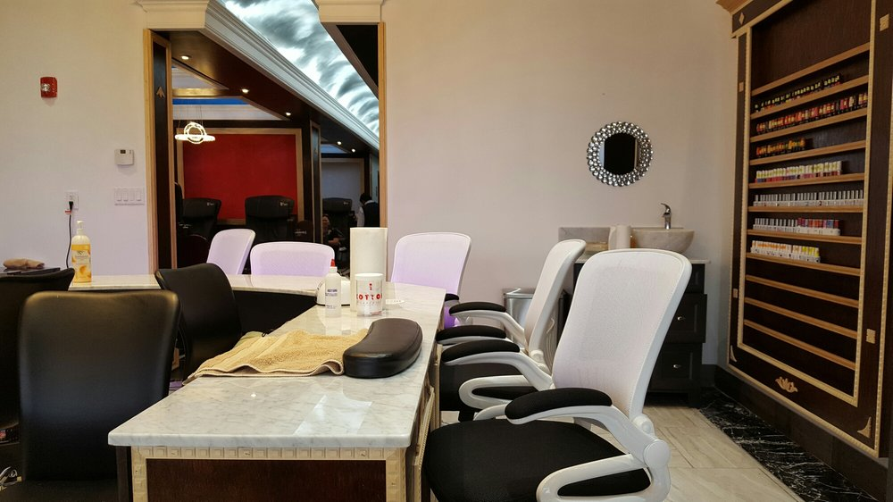 Diamond Nails & Spa: 2929 W Iles Ave, Springfield, IL