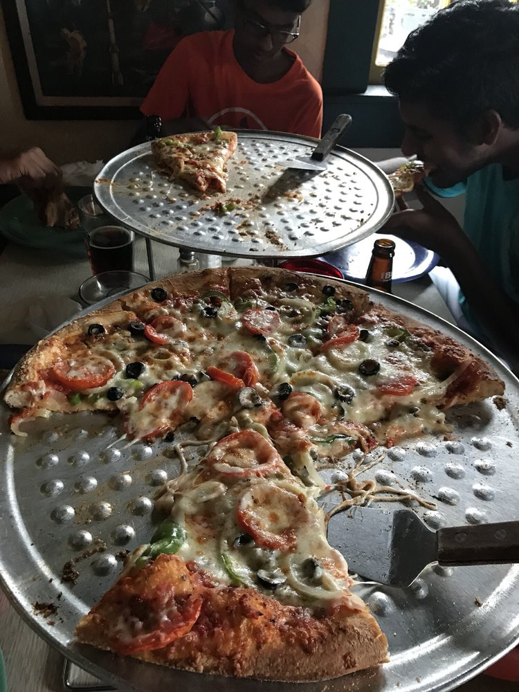 Cappy's Pizzeria: 3200 W Bay-to-Bay Blvd, Tampa, FL