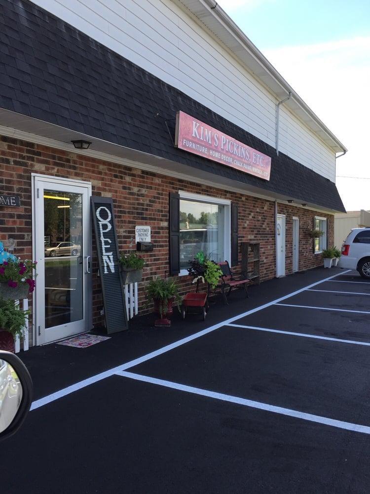Kim's Pickins: 7300 Fegenbush Ln, Louisville, KY