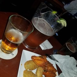 Photo Of Grunions Sports Bar Grill Manhattan Beach Ca United States