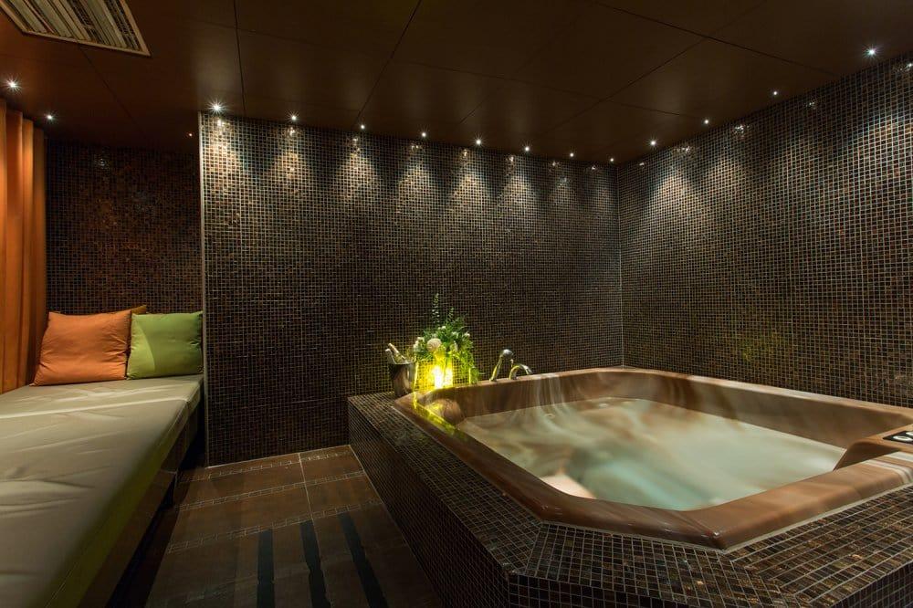spa i stockholm city massage trollhättan