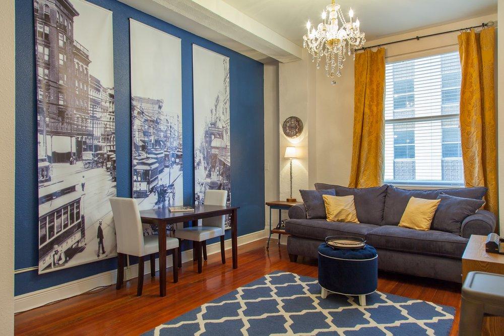 Gravier Place Apartments