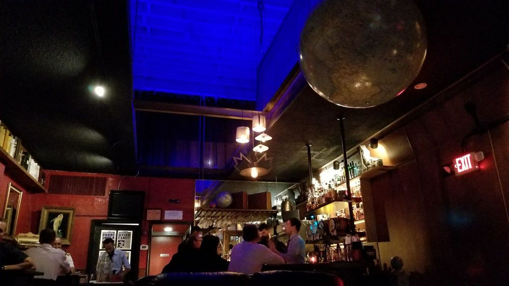 The Whisky Parlor: 608 Woodward Ave, Detroit, MI