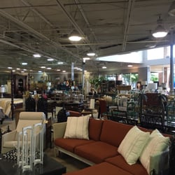 Photo Of Frontgate   Dublin, OH, United States. Middle Of The Store