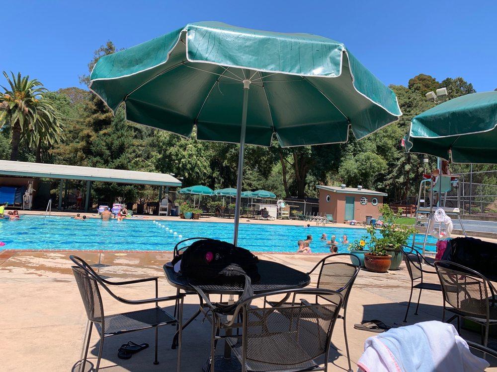 Crockett Pool: 101 Rolph Park Dr, Crockett, CA