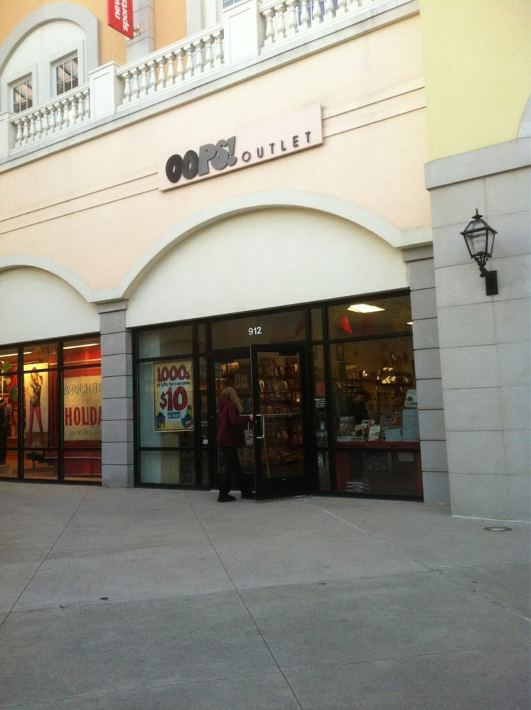 Oops Outlet