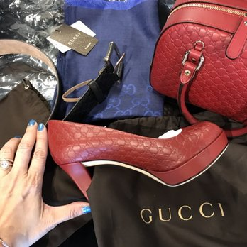 7a70c8276a0 Gucci Outlet - 74 Photos   87 Reviews - Leather Goods - 2774 ...