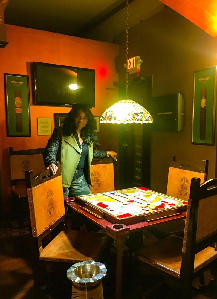 Habana Cigar Club: 824 River Rd, Edgewater, NJ