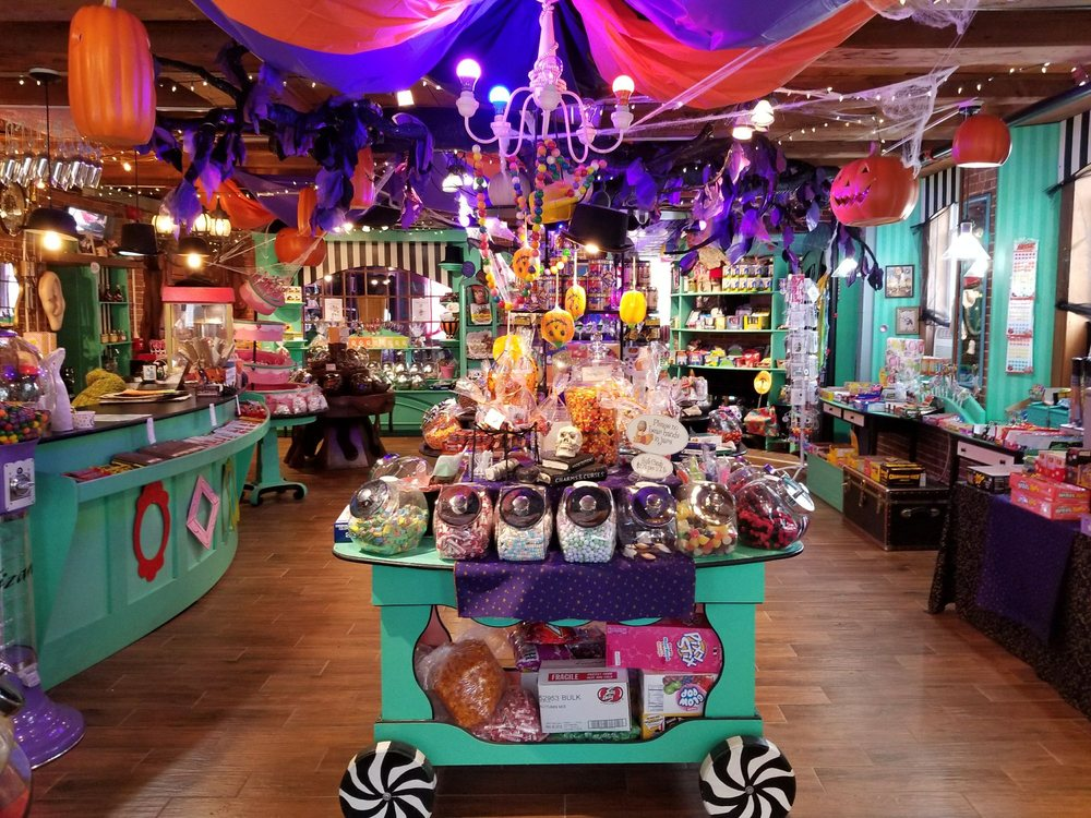 Scrummy Afters Candy Shoppe: 136 Water St, Hallowell, ME