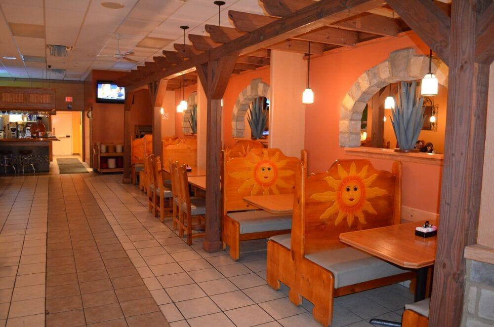 Salsa's Mexican Grille: 1237 E Columbus St, Kenton, OH