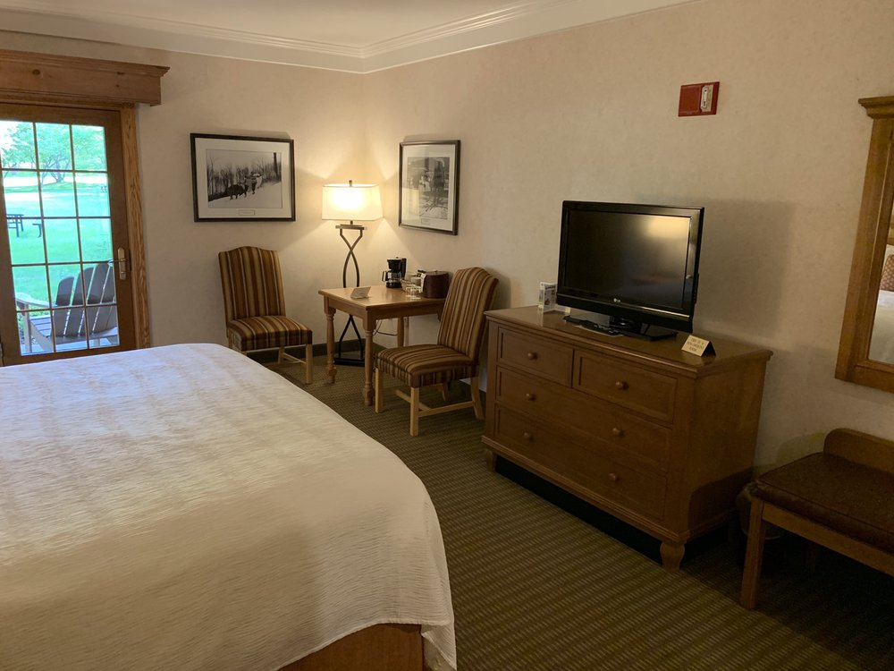 Inn At Holiday Valley: 6081 Rt 219 S, Ellicottville, NY