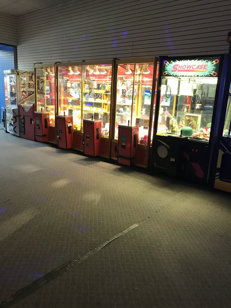 Fun Time Arcade: 500 Mall Rd, Barboursville, WV