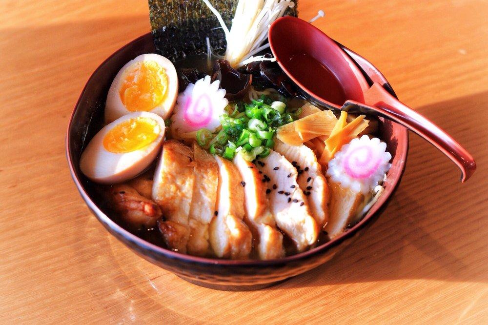 Food from Hokkaido Noodle & Roll