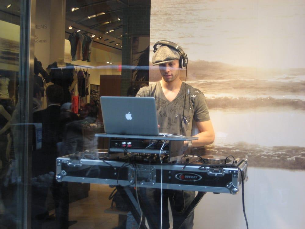 DJ Gatsby & Dapper Sounds: 115 4th Ave, Manhattan, NY
