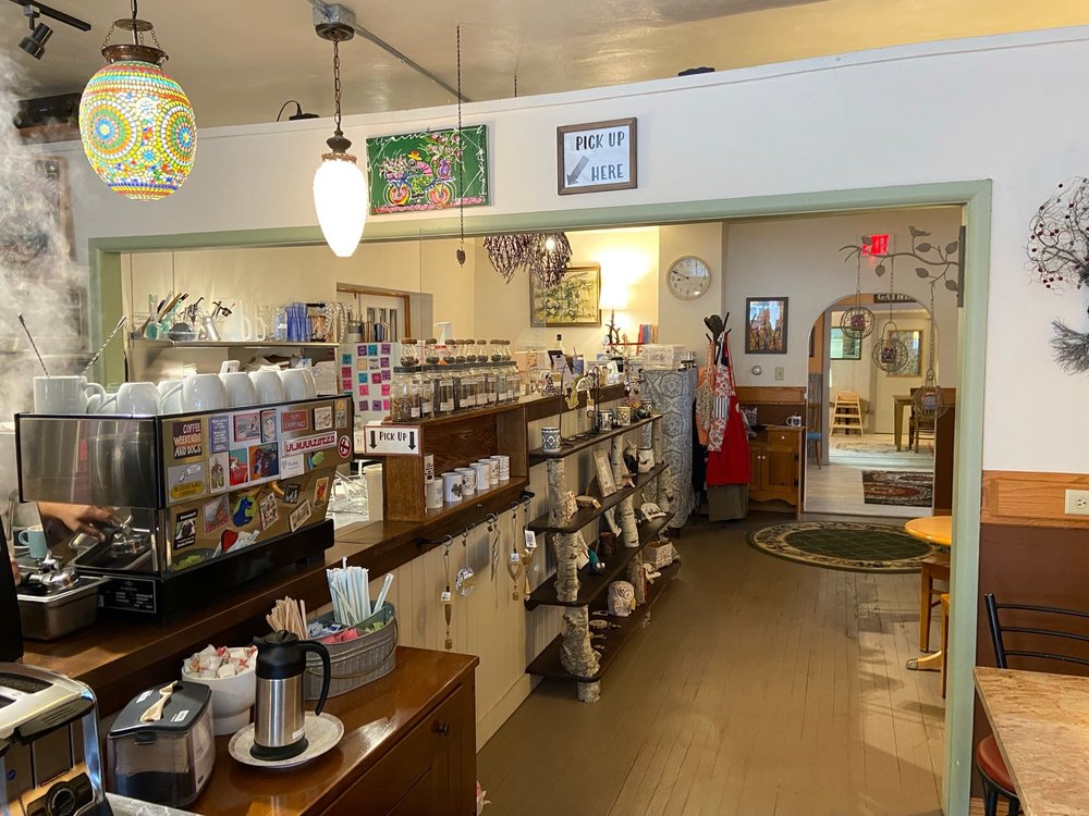 The Crooked Branch Coffeehouse: 134 N Main St, Pardeeville, WI