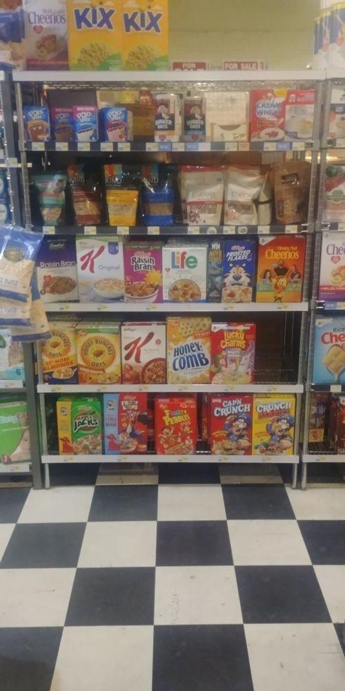 Crossroads Grocery: 7802 Silver Lake Rd, Maple Falls, WA