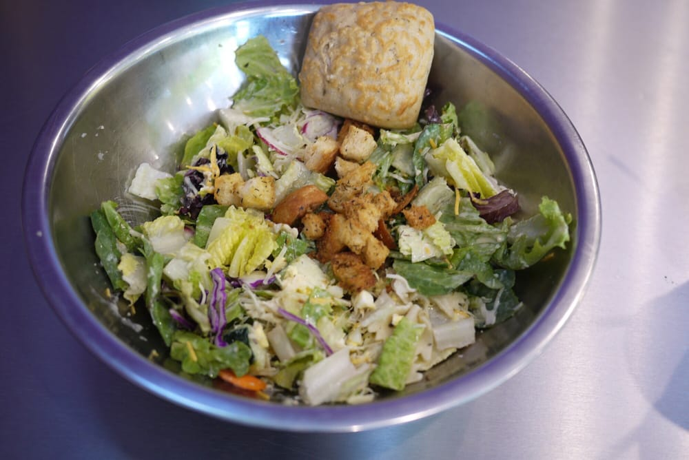 Salata: 1855 Dallas Pkwy, Plano, TX