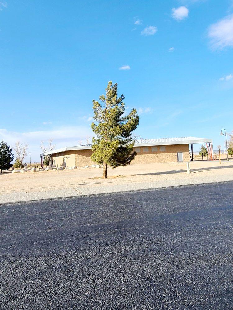 Boron Rest Area: Rte 58 E Exit 194, Boron, CA