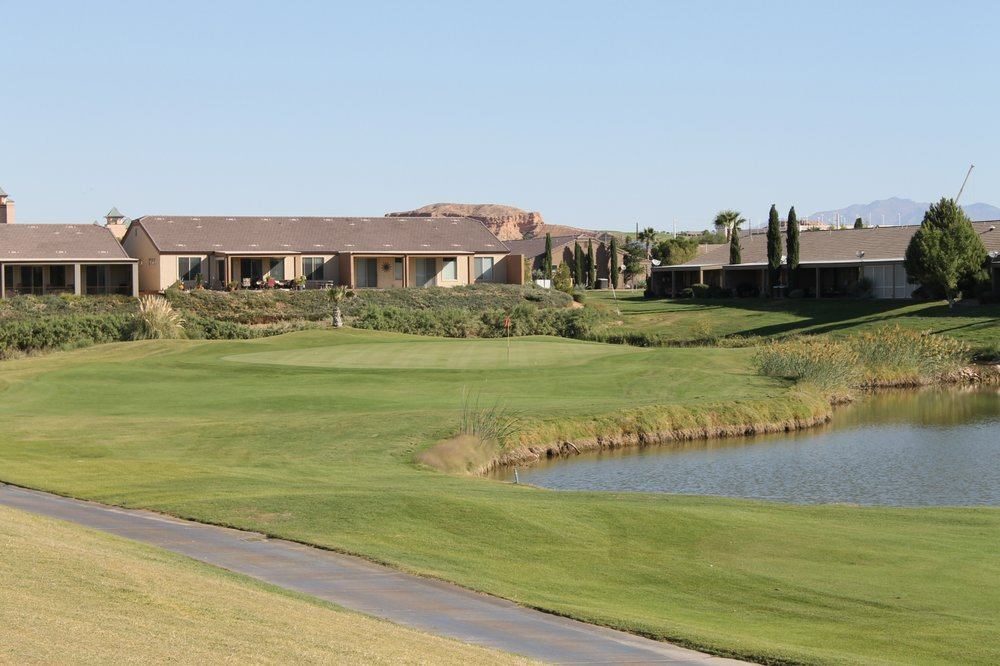 Coyote Willows Golf Course: 940 West Hafen Ln, Mesquite, NV