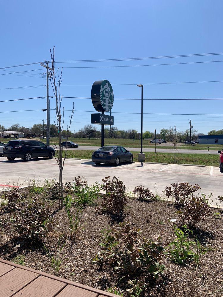 Starbucks: 664 10th St, Floresville, TX