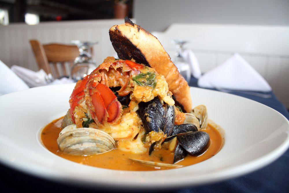 78 Foster Restaurant & Bar: 78 Foster Ave, Hampton Bays, NY