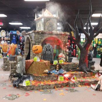 photo of spirit halloween sacramento ca united states ooooooo almost that time - Spirit Halloween Store Sacramento