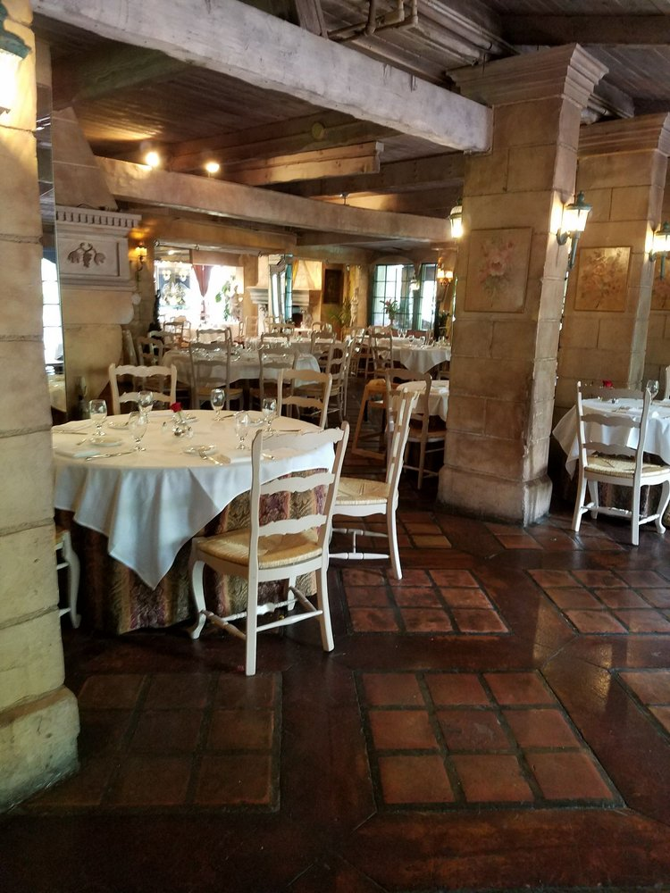 Le Caille: 9565 Wasatch Blvd, Sandy, UT