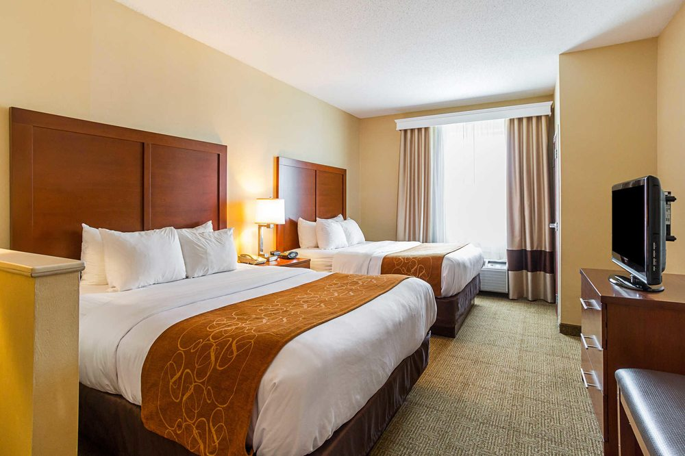 Comfort Suites 22 Photos 11 Reviews Hotels 2716 Creekside Drive Twinsburg Oh Phone Number Last Updated January 23 2019 Yelp