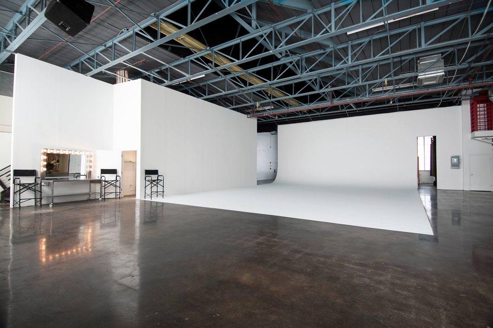 DC Studio Rental: 8040 Georgia Ave, Silver Spring, MD